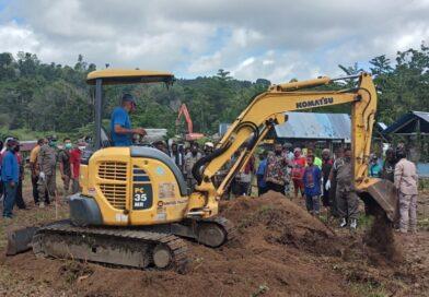Puluhan Makam Terdampak Runway Bandara Rendani Direlokasi
