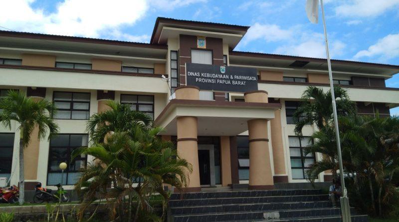 Kantor Dinas Kebudayaan dan Pariwisata Provinsi Papua Barat.